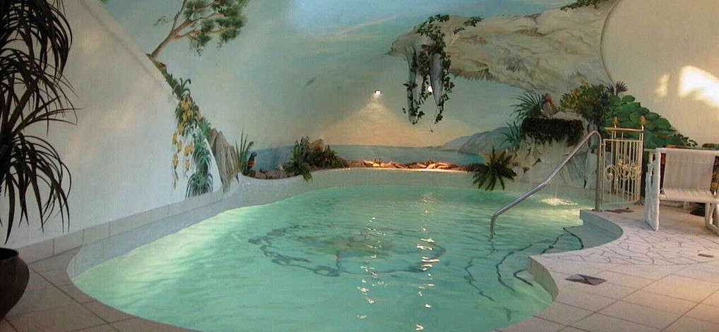 Indoor pool einfamilienhaus  etrading24 - www.world.immobilien - www.industriy.immobilien - www ...